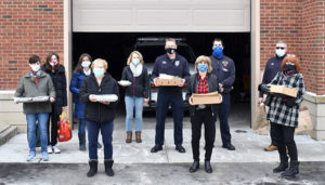 Volunteers share love – and lasagna – with Shrewsbury firefighters