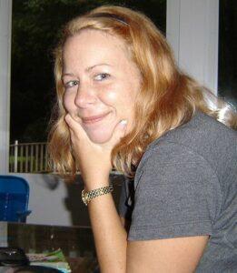 Jennifer Jean Lary
