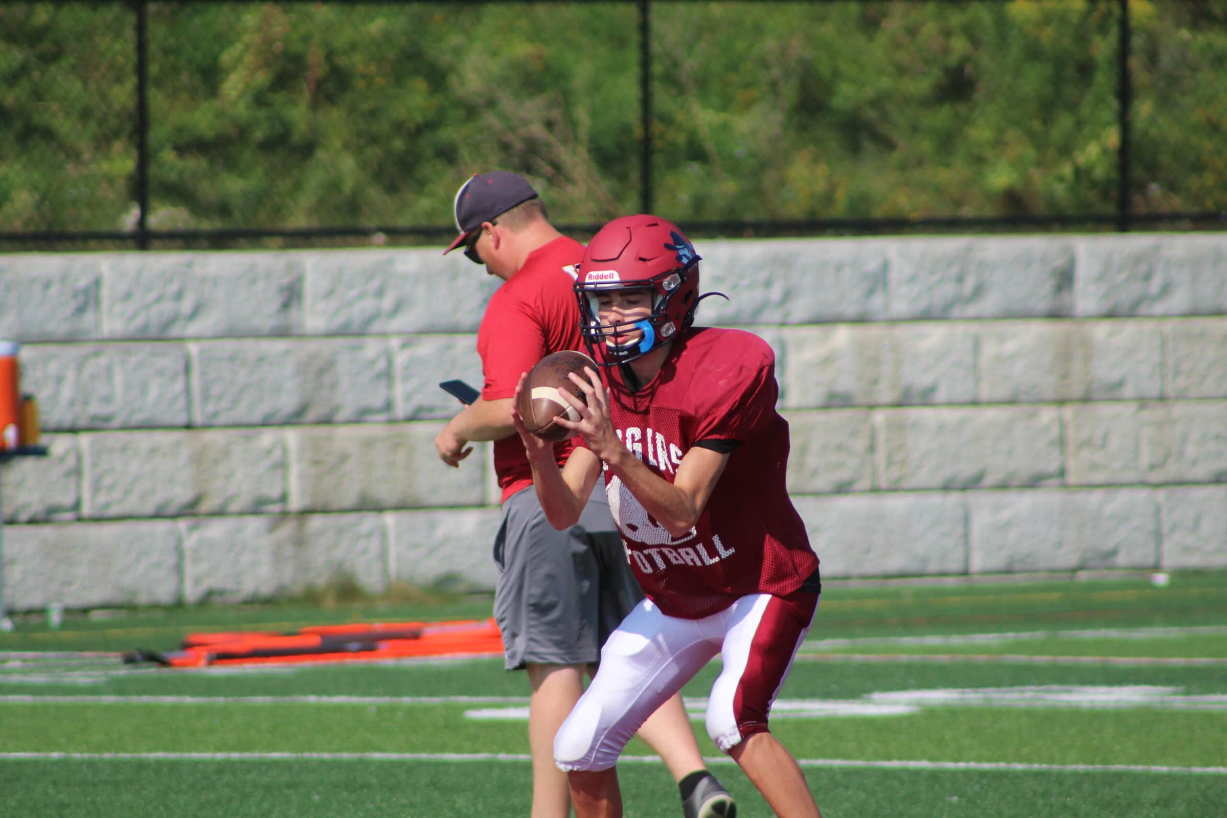 Westborough quarterback prepares to throw the ball. (Photo/Laura Hayes)