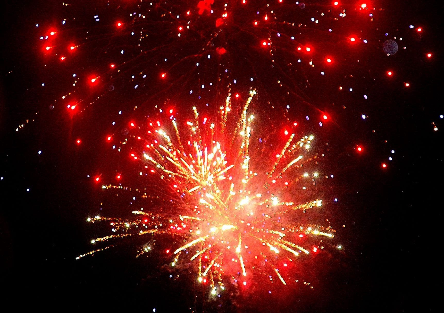 Southborough Summer Nights culminates with fireworks for the first time since 2018.