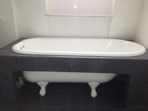 Ultimate Reglaze Refinished This Claw Foot Tub And Then The Customer Built  A Tile Frame For