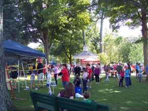 Families enjoy the 35th annual Harvest Fair and Apple Pie Social. Photo/Ken Sherman
