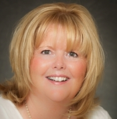 Michelle Gillespie, Realtor, Prudential Prime Properties. 508-934-9818