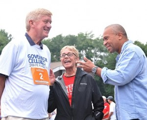 (l to r) Former Gov. Bill Weld, Jan Cellucci and Gov. Deval Patrick chat before the race.
