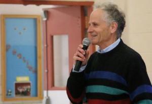 Meteorologist Barry Burbank at Peaslee Elementary School. (Photo/Laurie Covino)