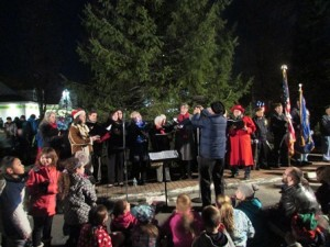 The Assabet Valley Chambersingers perform at the annual tree lighting ceremony.