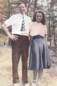 Walter and Phyllis Munyon several days after their Aug. 5, 1939 wedding