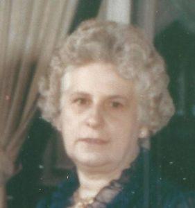 Obit Marguerite D. Mills