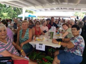Grafton seniors enjoy the picnic.