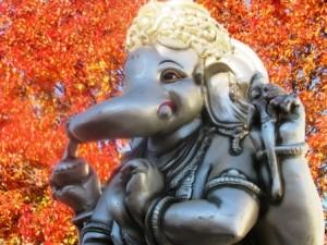 W Ganesh 3 rs
