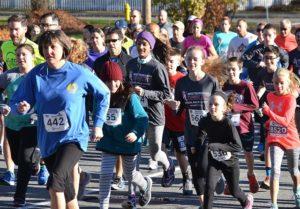 Runners of all ages begin the third annual Turkey Trot. Photos/Ed Karvoski Jr.