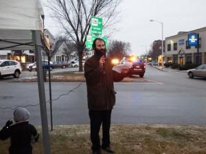 Rabbi Michoel Green addresses the gathering.